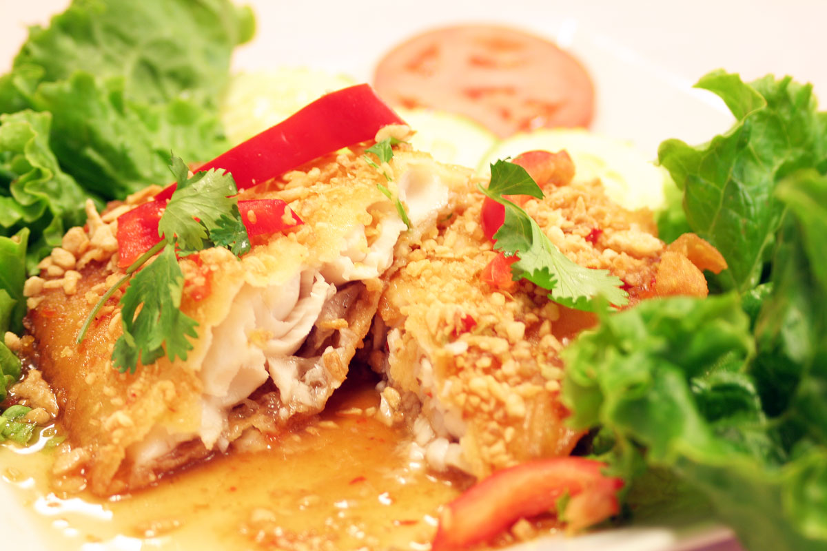 Crispy Fish Fillet with Spicy Sauce