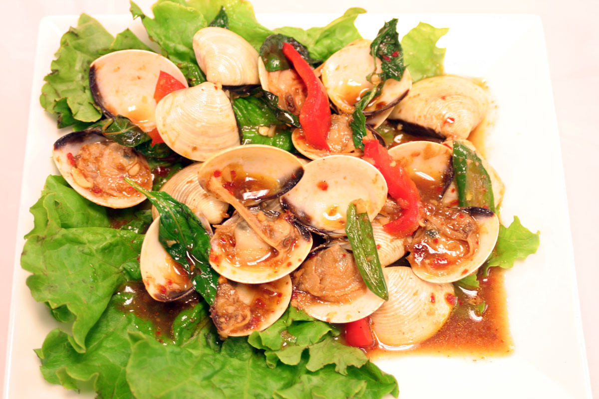 Clam with Chili Paste